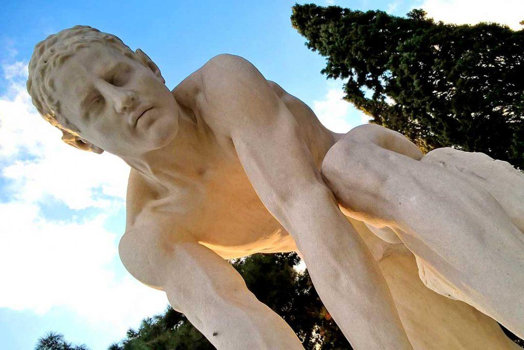 escultura griega características