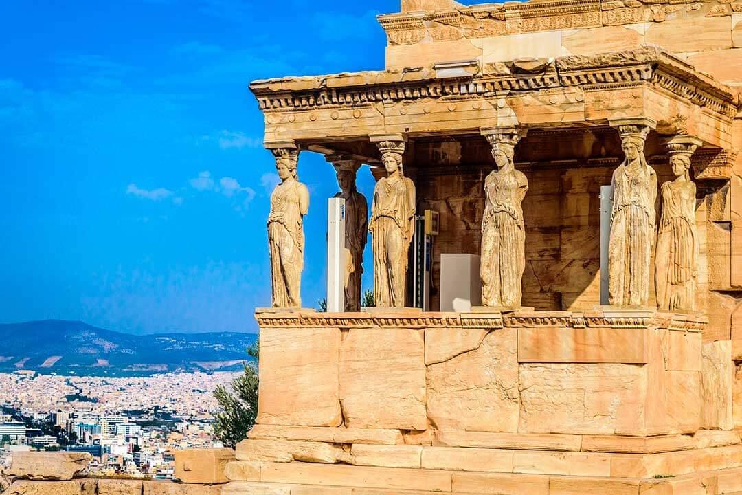 escultura griega arcaica características