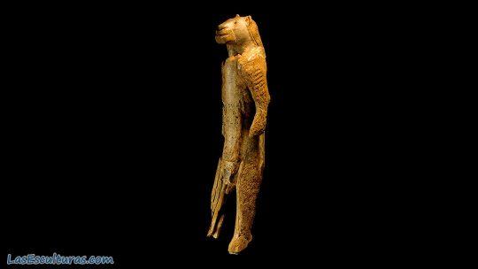 hombre leon prehistorico